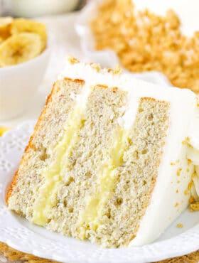 image of Banana Cream Layer Cake slice