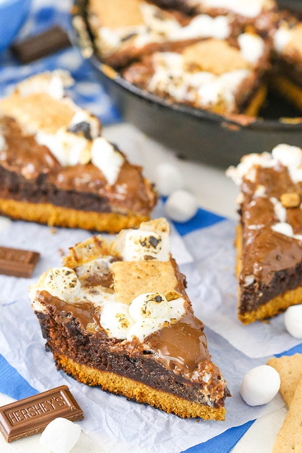 Smores Skillet Brownies - cook them right on the grill at your next BBQ!
