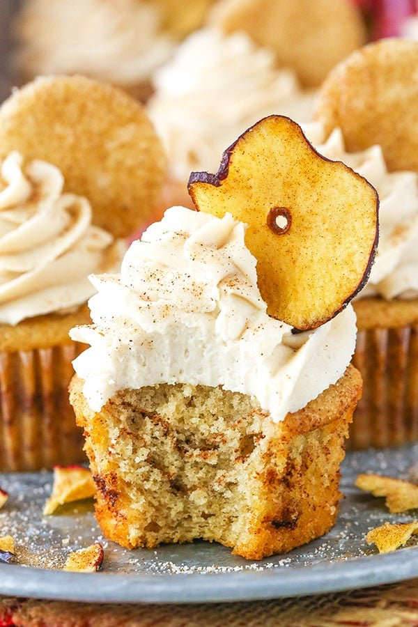Apple Snickerdoodle Cupcakes