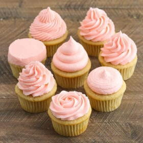 image of How to Frost Cupcakes tutorial