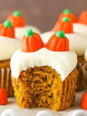Moist Pumpkin Cupcakes - moist, fluffy and full of pumpkin and pumpkin spice flavor!