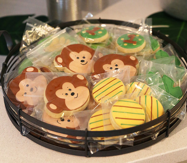 assorted wrapped cookies