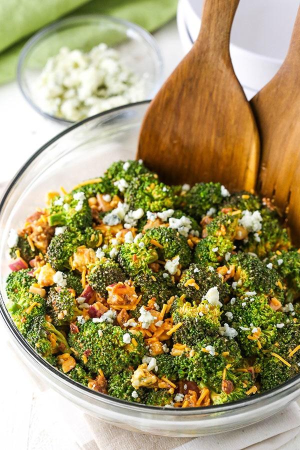 buffalo broccoli salad