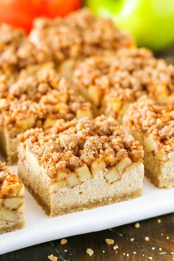 Apple Streusel Cheesecake Bars layers