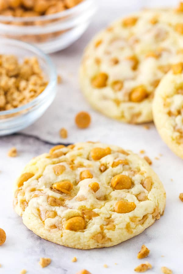 Toffee and butterscotch cake mix cookies