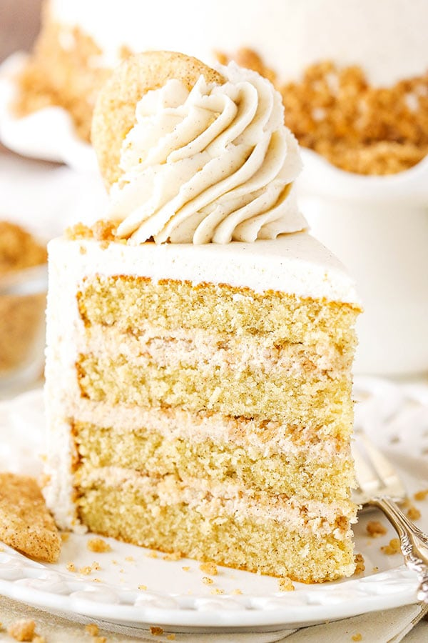 slice of snickerdoodle cake
