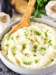 BEST Garlic Mashed Potatoes Recipe | Steakhouse Style Potatoes