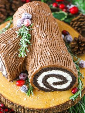 Easy Chocolate Yule Log Cake | Bûche de Noël Recipe
