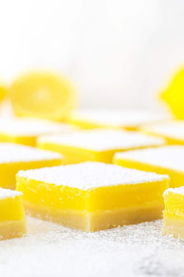 Easy Lemon Bars Lined Up on a Table