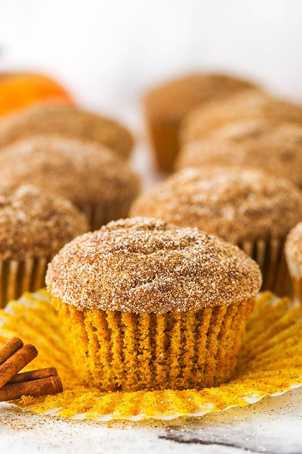muffin cannella zucchero zucca con la fodera staccata